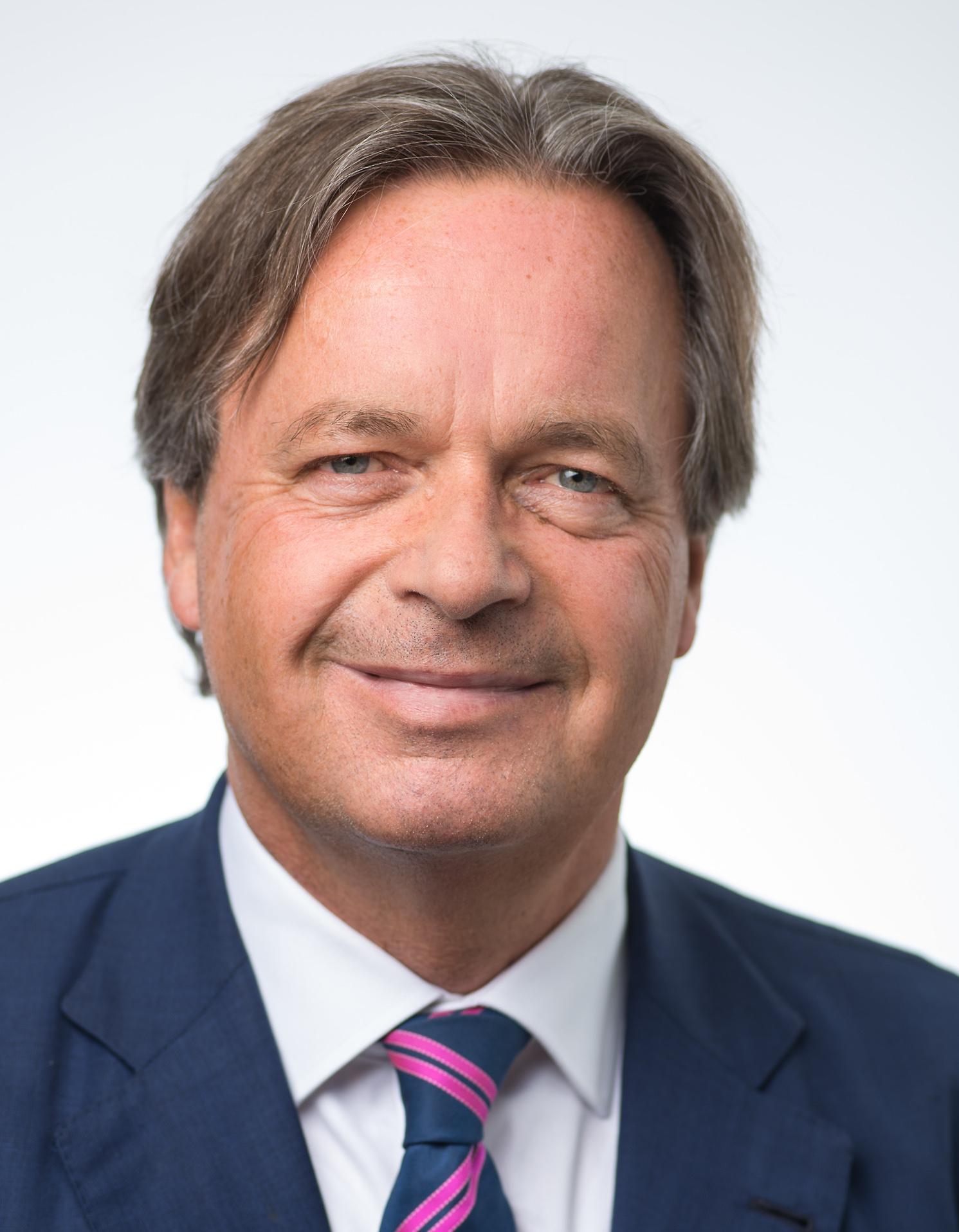 Dr. Andreas Fendel