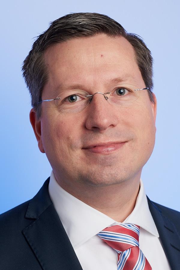Professor Felix Steffek