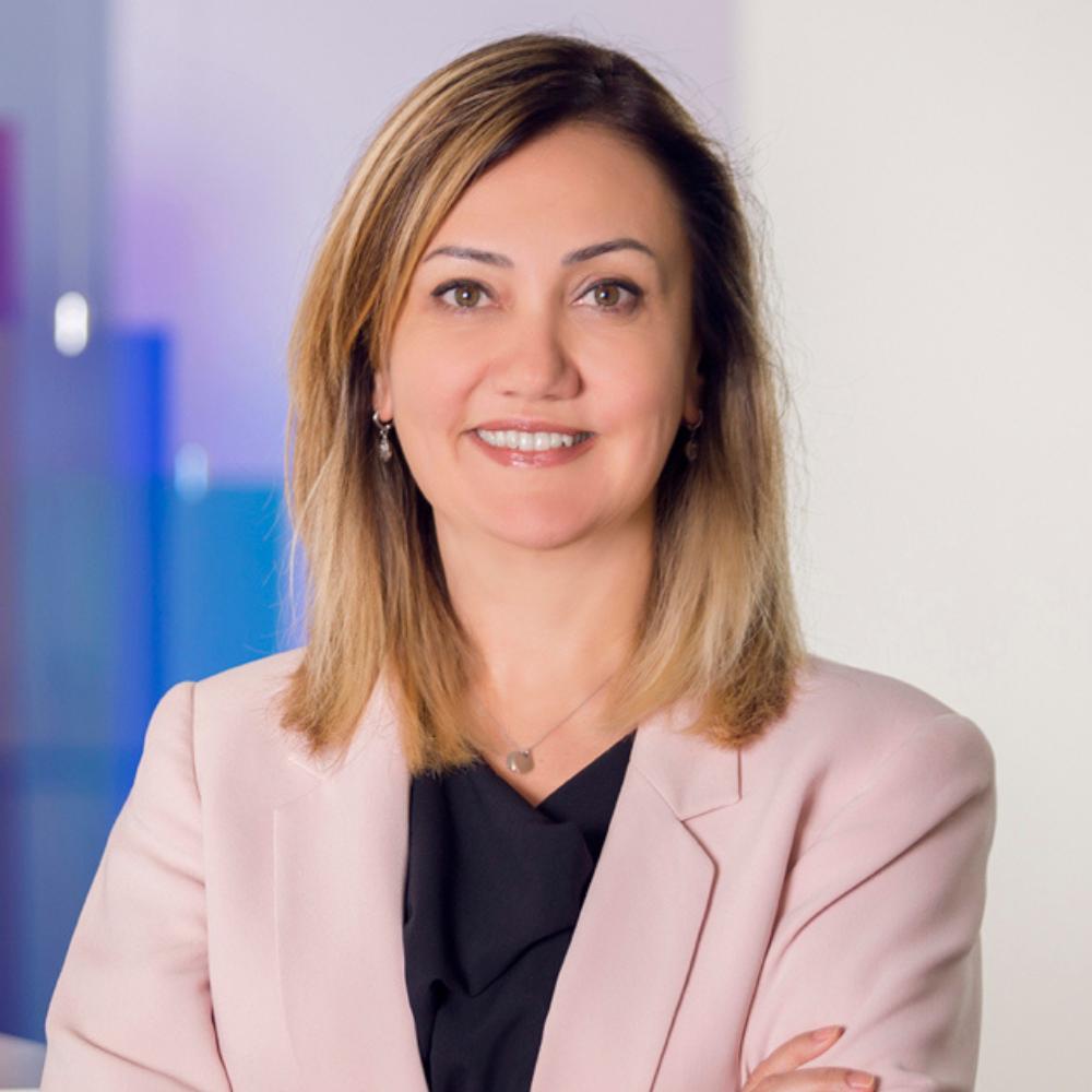 Hande Şenova