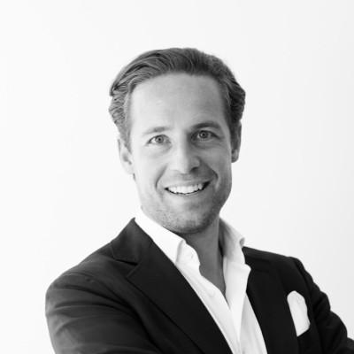 Dr. Fabian Riedel