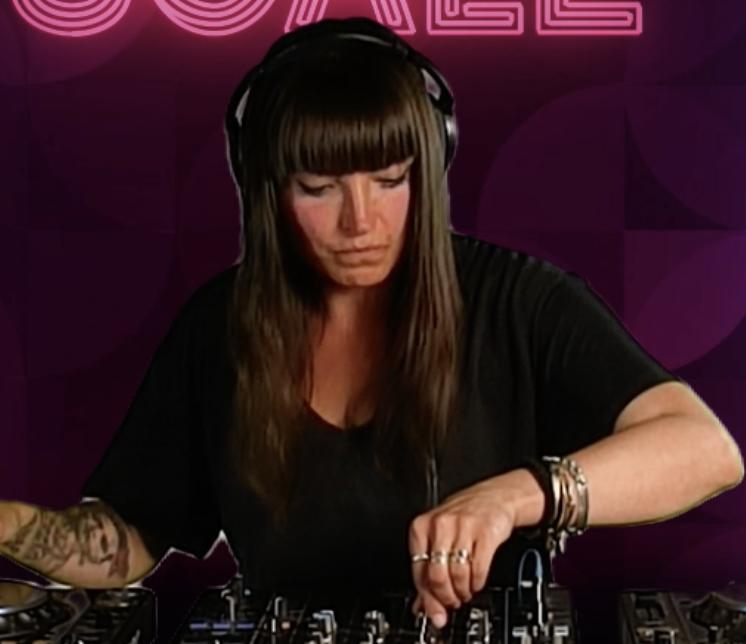 DJ Mitzi