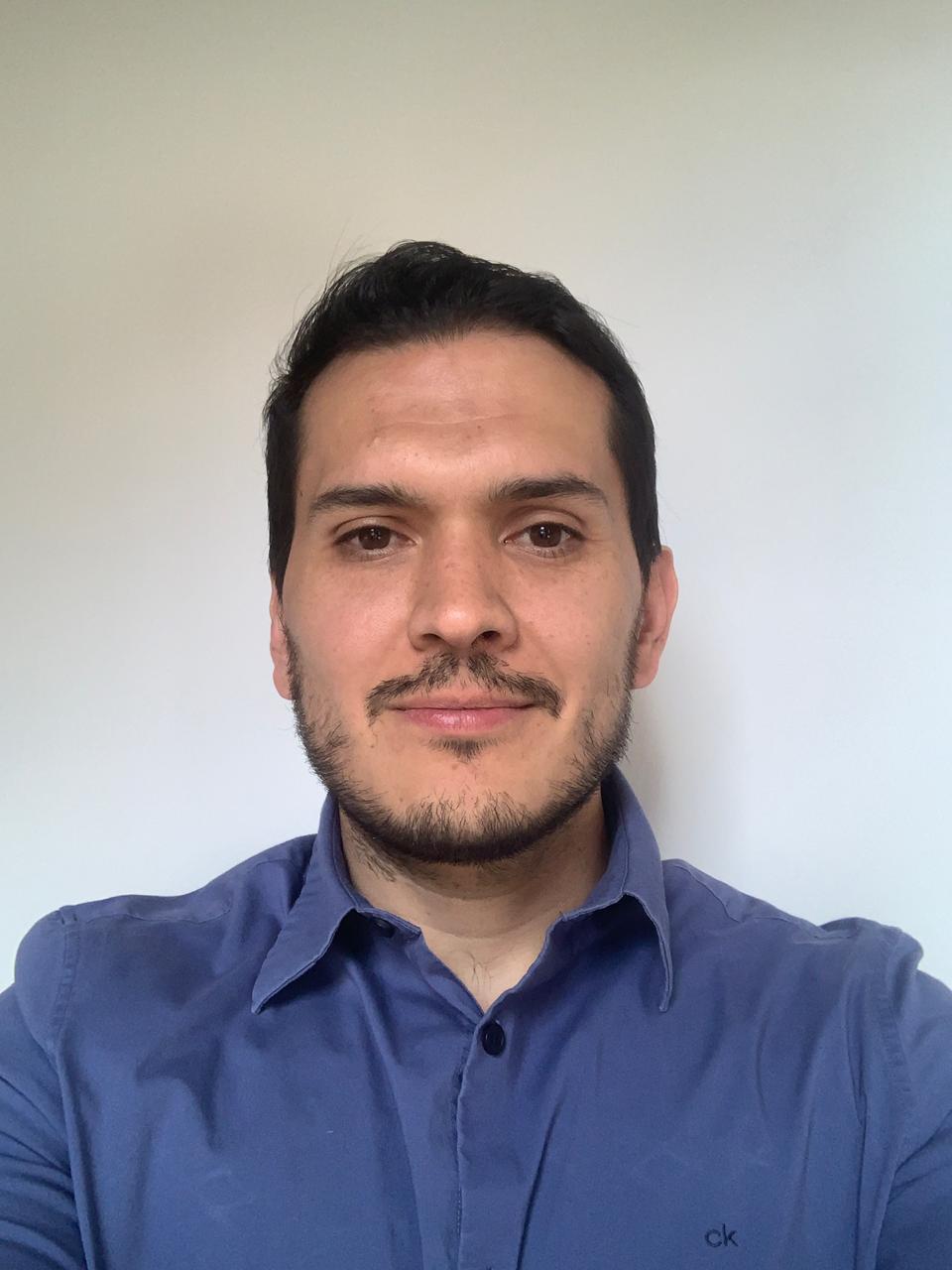 Santiago Calvopiña H.