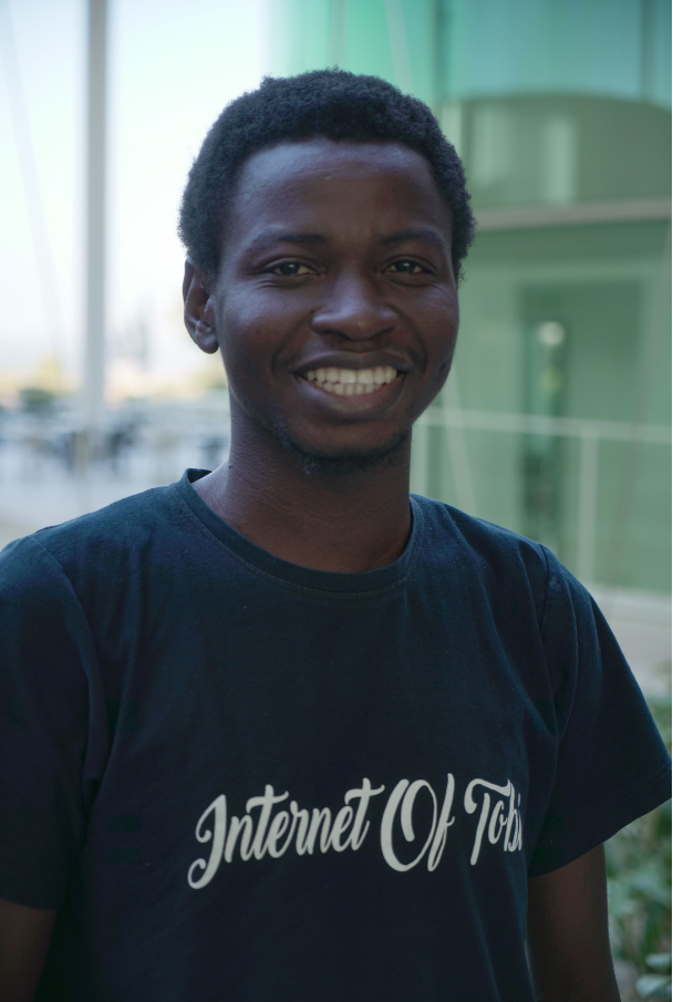 Oluwatobi Oyinlola