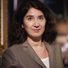 Dr. Bettina Al-Sadik-Lowinski
