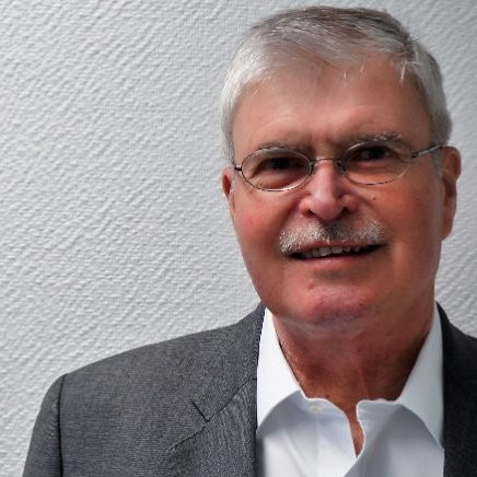 Dr. Roland Kirchof
