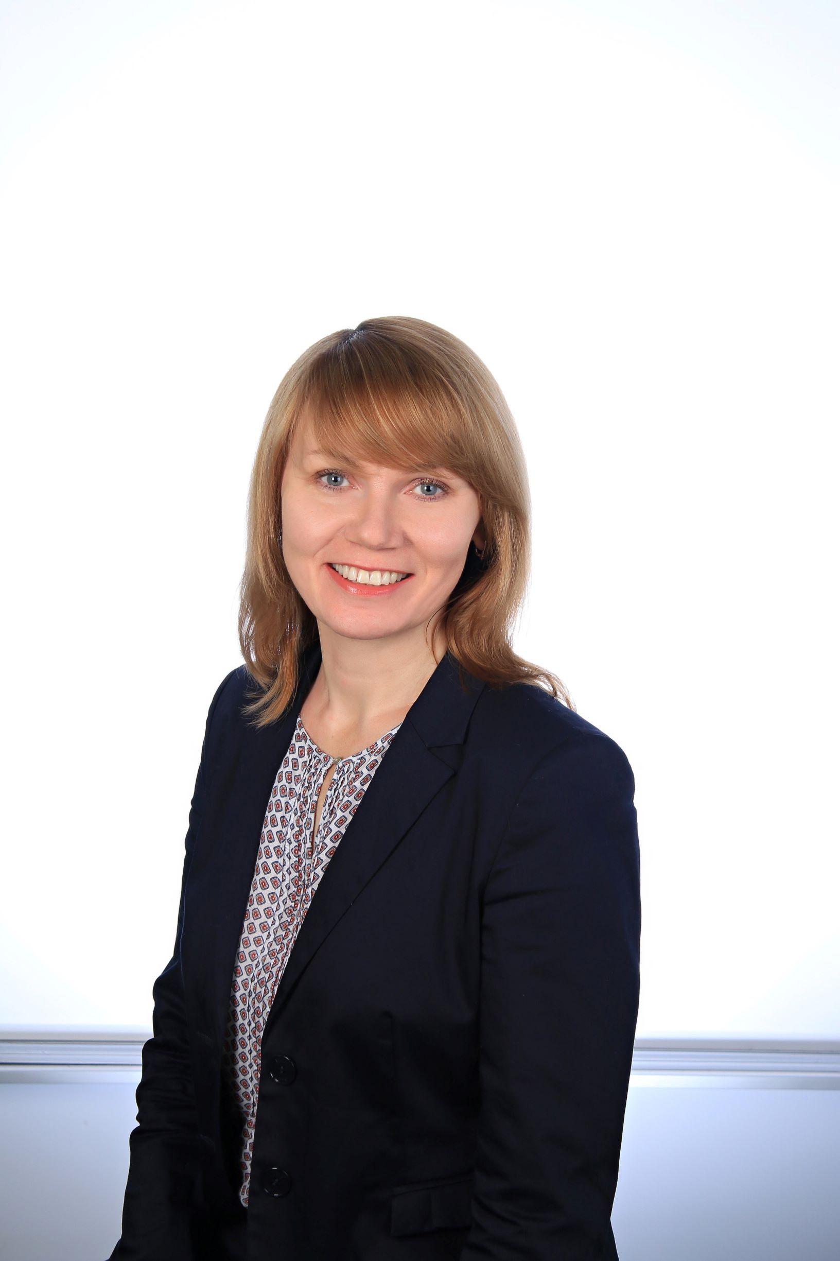 Dr. Irina Jesan