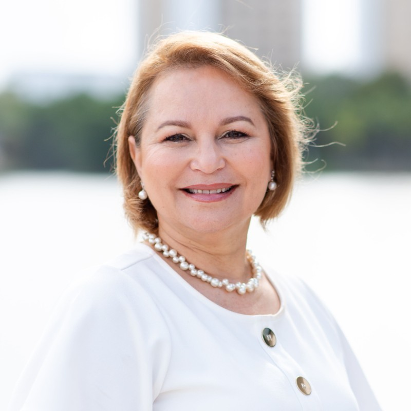 Dr. Loubna Noureddin
