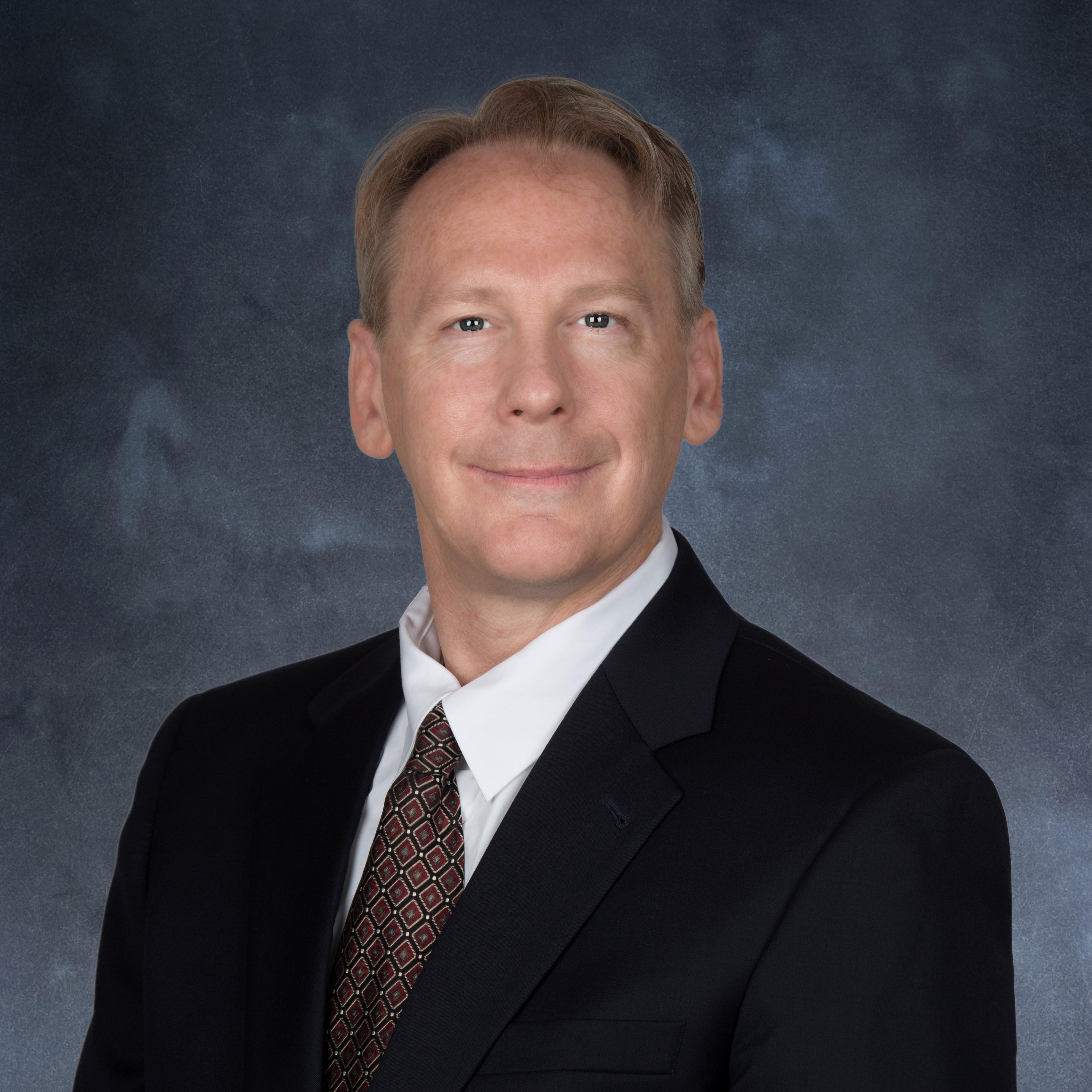 Dr. David G Vequist