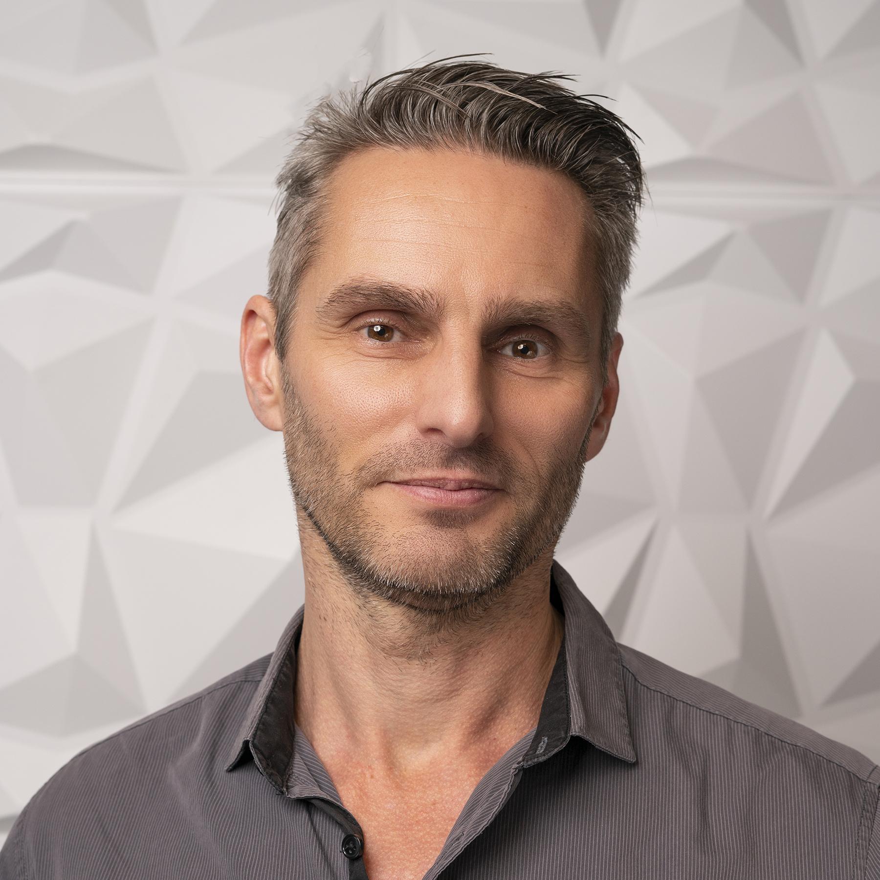 Lars Schlichting
