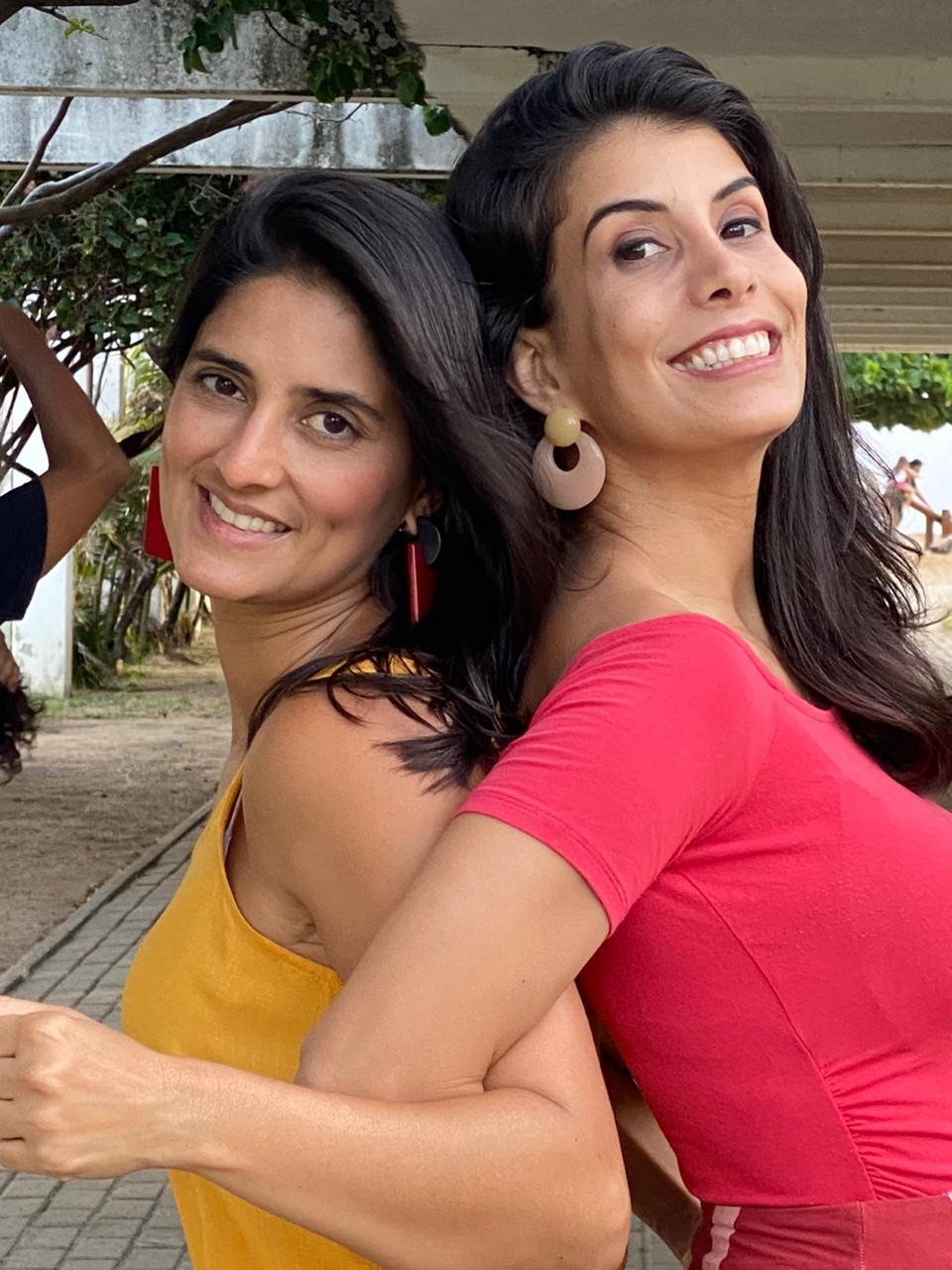 Roberta Nunes e Ju Costinha