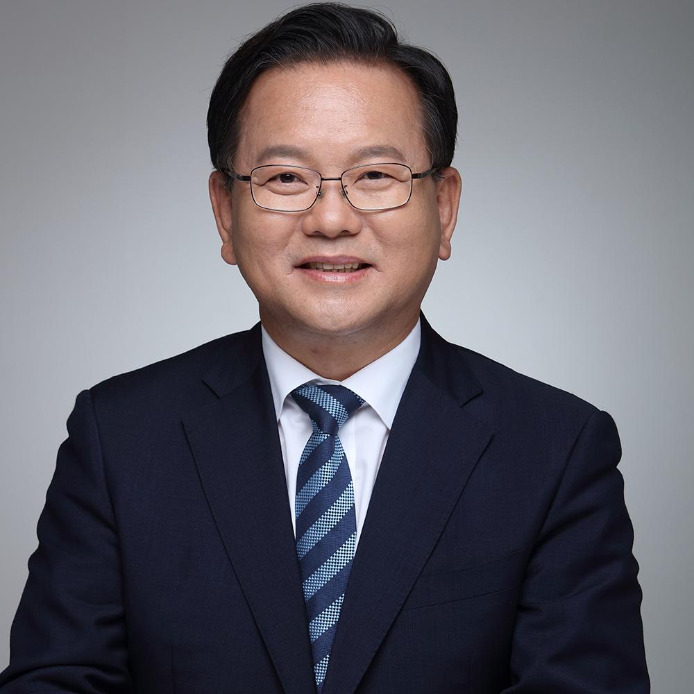 H.E. Kim Boo-Kyum
